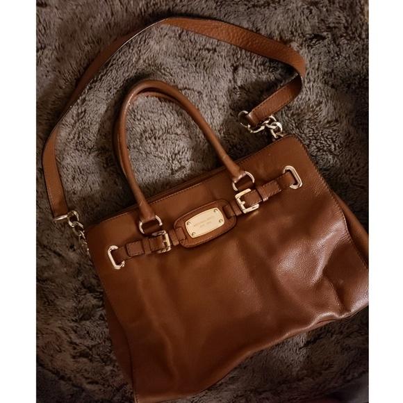 Michael Kors Handbags - Micheal Kors Large brown Leather satchel